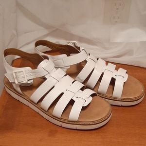 White Clark's Sandals 7.5